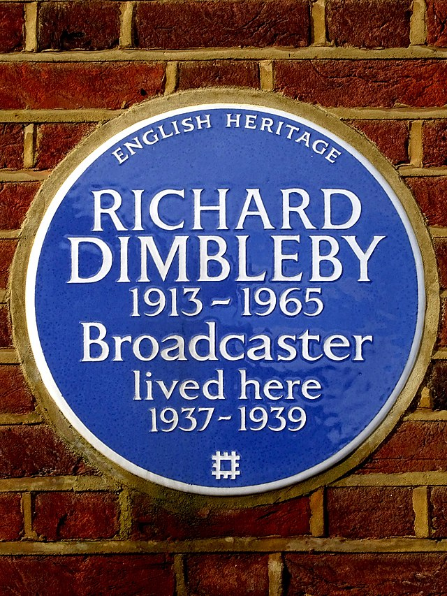 Richard Dimbleby blue plaque - Richard Dimbleby 1913-1965 Broadcaster lived here 1937-1939