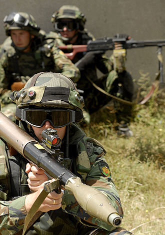 Rocket-propelled grenade - A Bulgarian soldier aims an RPG