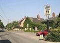 Radnor Arms pub, Nunton - geograph.org.uk - 196204.jpg