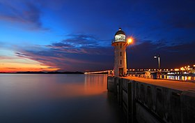 Raffles Marina - Johor Lighthouse.jpg