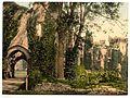 Raglan Castle, II., Wales-LCCN2002708066.jpg