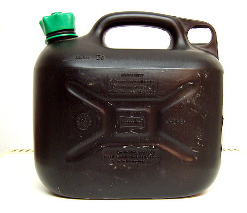 A plastic container for storing gasoline used in Germany Reservekanister.JPG