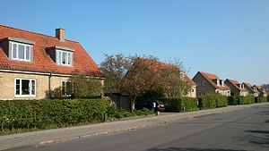 Aarhus N - Riisvangen, rows of semi-detached two-family shared houses.