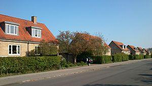 Aarhus N - Riisvangen, rows of semi-detached two-family shared houses.