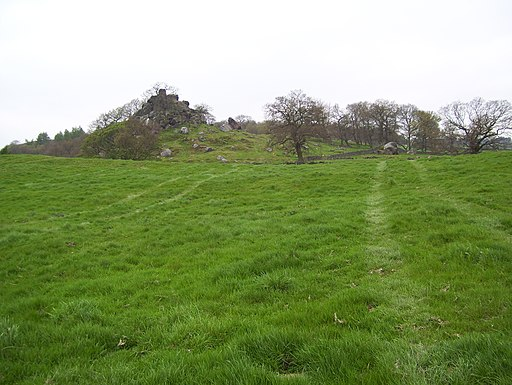 Robin Hood's Stride from near Cratcliff Rocks-geograph-2928692-by-Martin-Speck