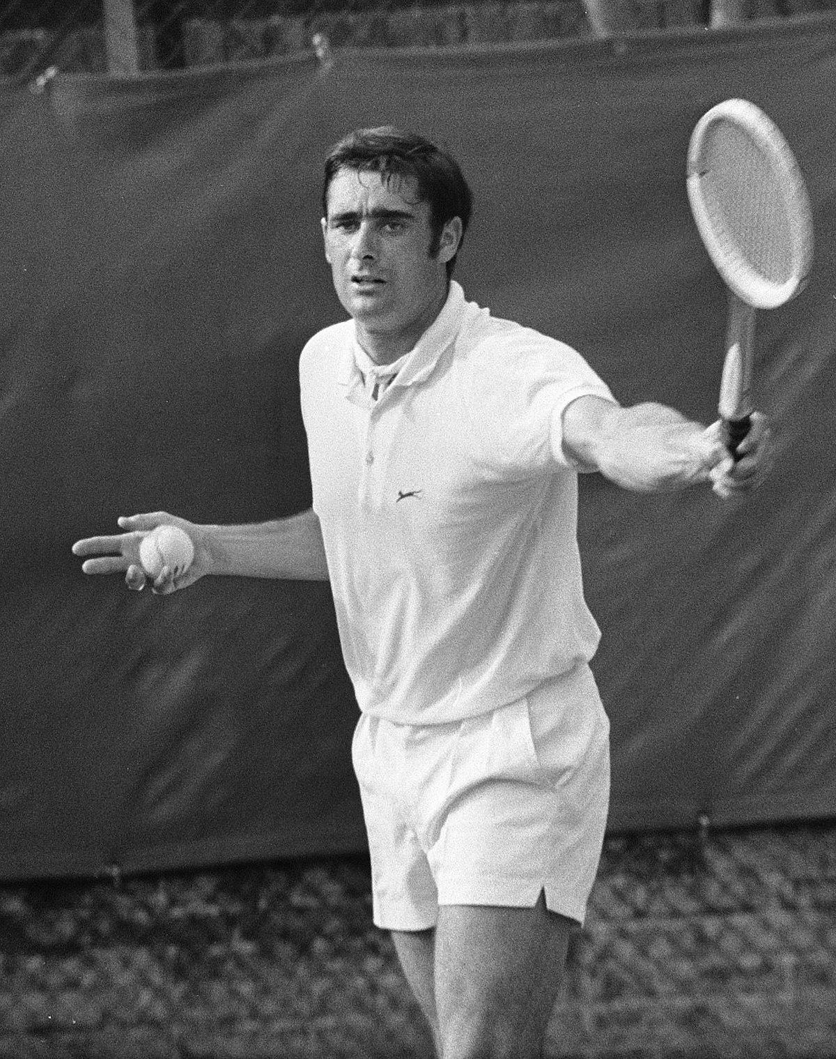 Roger Taylor (tennis) - Wikipedia