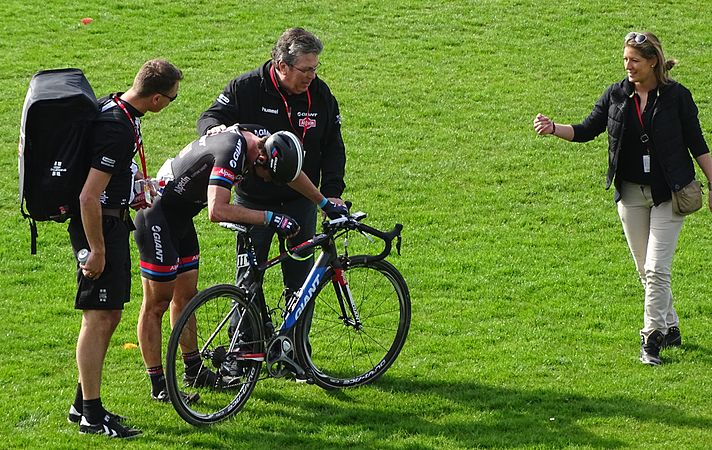 Roubaix - Paris-Roubaix, 12 avril 2015, arrivée (A19).JPG