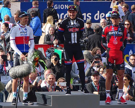 Roubaix - Paris-Roubaix, 12 avril 2015, arrivée (B22).JPG