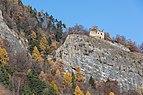 Ruine der Burg Lichtenstein in Haldenstein.jpg