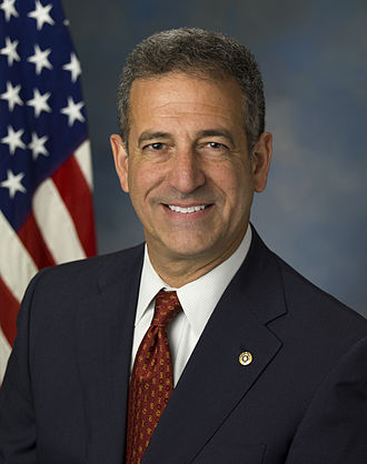 Bipartisan Campaign Reform Act - Image: Russ Feingold Official Portrait 3