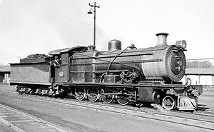 South African Class 1A 4-8-0 - SAR Class 1A no. 1301, ex NGR Class B no. 25, Mason's Mill Loco, 6 July 1962