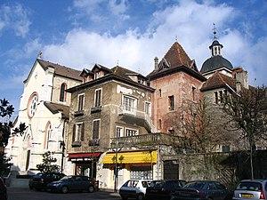 Saint-Genix-sur-Guiers - The church square in Saint-Genix-sur-Guiers