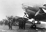 Samoloty PZL.37 Łoś wraz z załogami 02 (1939).jpg