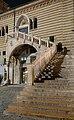 Scala della Ragione-Cortile Mercato Vecchio-XE3F2135a.jpg