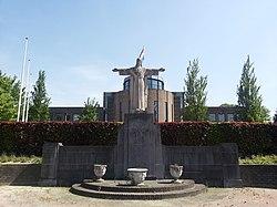 Schinveld-Heilig Hartbeeld (2).jpg