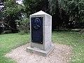 Schloßpark Ballenstedt Denkmal Friederike 01.jpg