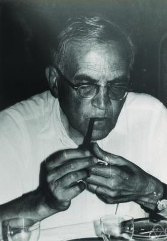 Isaac Jacob Schoenberg -  I. J. Schoenberg in 1971