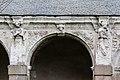 Seconde arcade de la galerie ouest du cloître de l'ancienne abbaye saint Melaine, Rennes, France.jpg