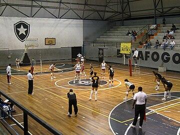 Semifinal entre Botafogo e Fluminense pelo Campeonato Carioca Feminino de  2008. 4e89e3fad2