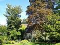Senlis (60), jardin de l'ancien monastère de la Présentation Notre-Dame.jpg