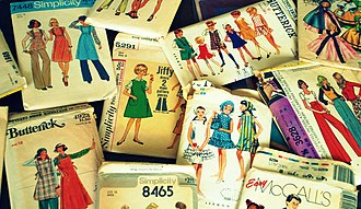 Sewing machine - Vintage sewing patterns