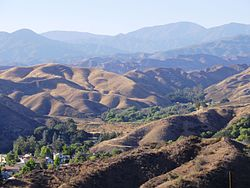 Sierra Pelona Mountains.JPG