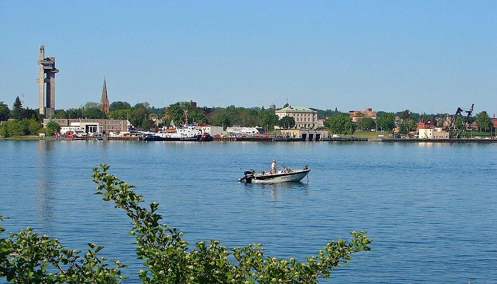 The population density of Sault Ste. Marie in Michigan is 270.85 people per square kilometer (701.59 / sq mi)
