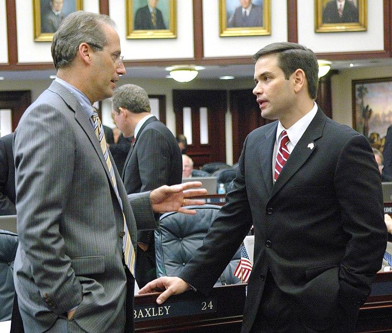 Speaker Rubio standing with Dem leader.jpg
