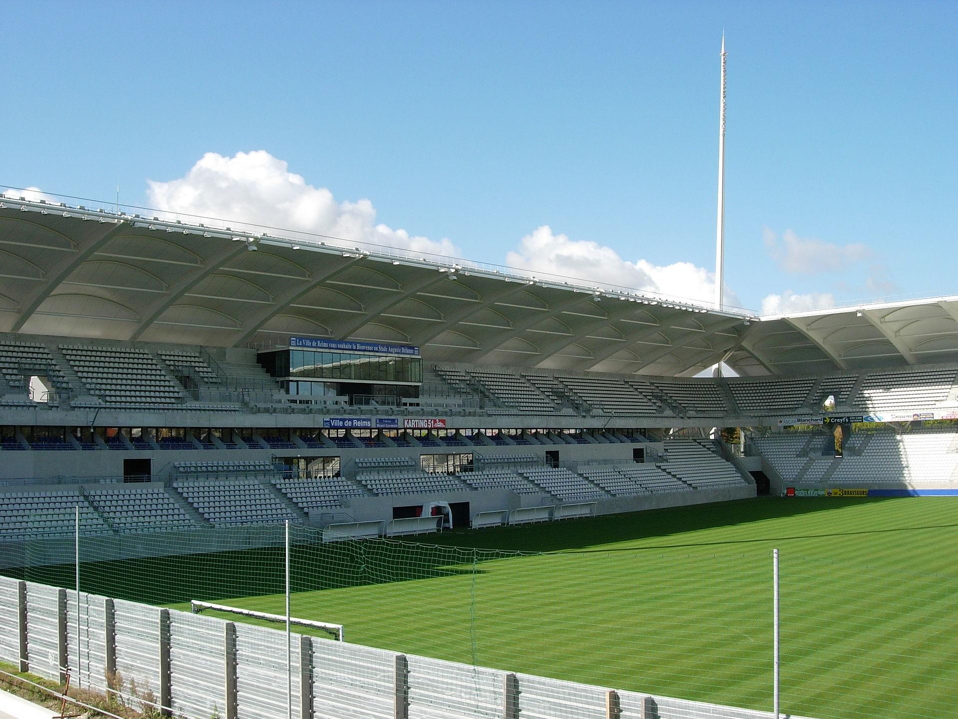 Stade auguste delaune wikipedia - Piscine olympique reims ...