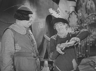 Babes in Toyland (1934 film) - Ollie Dee and Stannie Dum