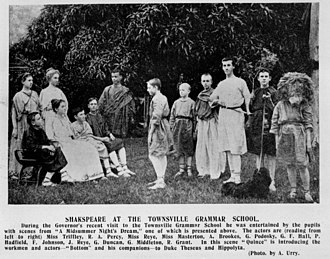 Mechanical (character) - Robin Starveling as Moonshine (second from right), with thorn-bush and dog, in a 1907 student production