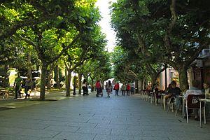 """Summer on the """"Paseo del Espolón"""""""