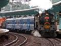 TRA CK124+DR2000 at Batu Station 20060610.jpg