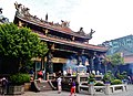 Taipeh Longshan-Tempel Mitteltempel 1.jpg