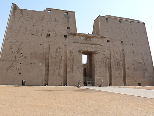 Temple of Edfu 02
