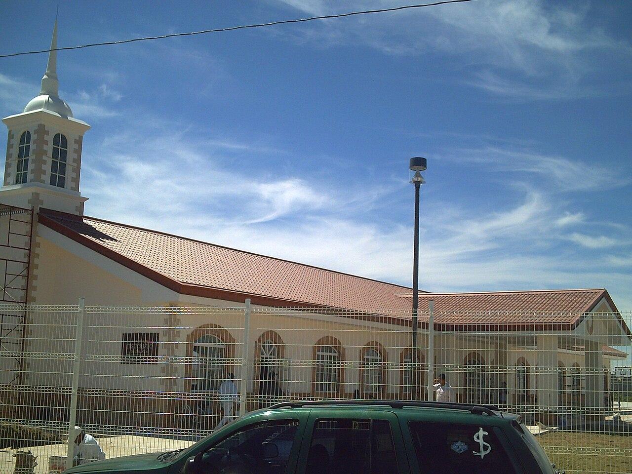 File Templo mormón de san francisco del rincón.JPG - Wikimedia Commons 0e530e055d9