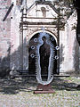 Templo y Ex Convento de San Francisco de la Asunción de Nuestra Señora, Tlaxcala, Tlax. México. detalle de una puerta.jpg
