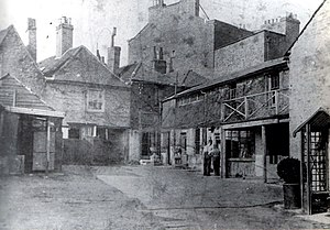 Mitre Inn, Chipping Barnet - The Mitre Inn yard, 1900.