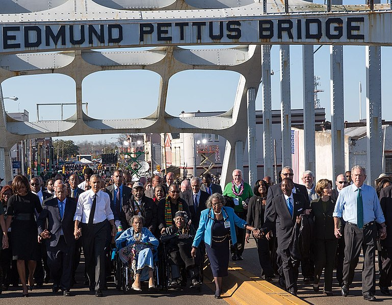 File:The Obamas and the Bushes continue across the bridge (cropped to Obama and Bush couples).jpg