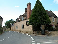 The Yew Tree Inn, Conderton.jpg