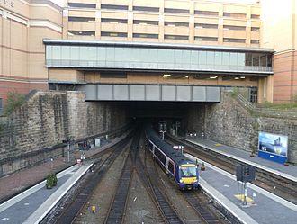 Glasgow Queen Street railway station - Train arriving at Glasgow Queen Street