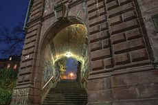 Treppenaufgang an der Hirschbrücke - panoramio.jpg