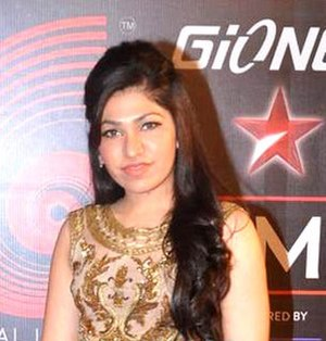 Tulsi Kumar - Tulsi Kumar at 4th Gionnee Star Global Indian Music Academy Awards, 2015