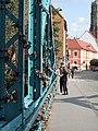 Tumski Bridge Wroclaw love locks 02.jpg