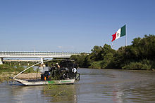 Airboat - Wikipedia