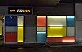 U4 Center Meidling - colorful glass 02.jpg