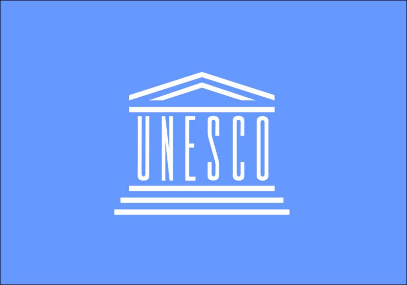 File:UNESCO flag.png