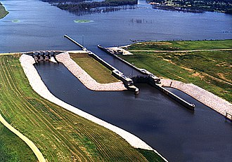 Tennessee–Tombigbee Waterway - Image: USACE Amory Lock