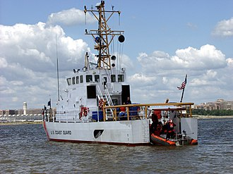 Marine Protector-class patrol boat - Image: USCGC Cochito launching small boat