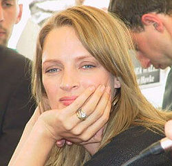 Uma.Thurman(cannesPress Conference).jpg